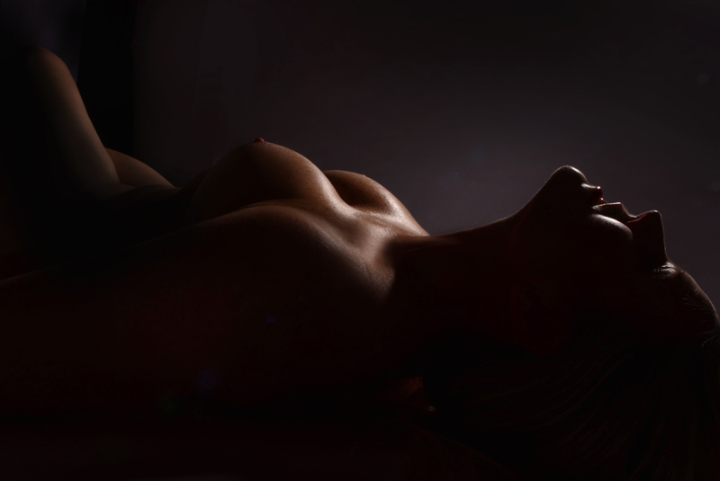 how to become a successful boudoir photographer