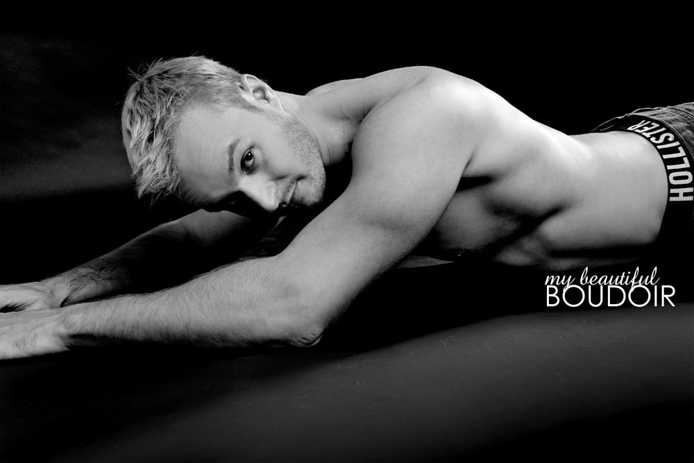 male boudoir photo shoot